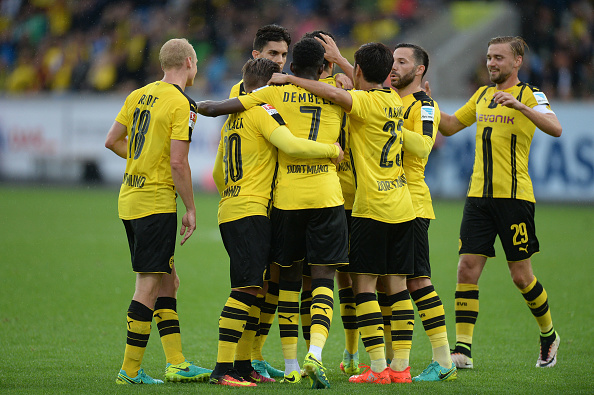ALTACH, AUSTRIA - AUGUST 05: The team of Borussia Dortmund celebrate their teams first goal during the friendly match between AFC Sunderland v Borussia Dortmund at Cashpoint Arena on August 5, 2016 in Altach, Austria. (Photo by Deniz Calagan/Getty Images)